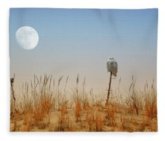 Moon Rise Snowy Owl Fleece Blanket