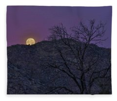 Moon Set At Sunrise Fleece Blanket