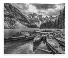 Moraine Lake In Black And White Fleece Blanket