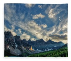 Moraine Lake Sunset - Golden Rays Fleece Blanket