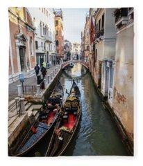 Morning In Venice In Winter Fleece Blanket