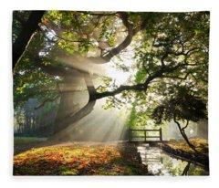 Morning Sunrise In Hampden Park Fleece Blanket