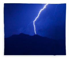 Mount Franklin Lightning Fleece Blanket