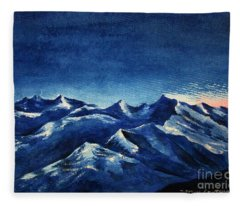 Mountain-4 Fleece Blanket