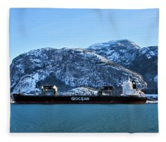 Mountain Ocean Fleece Blanket