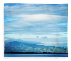 Mt Diablo View With Oak Fleece Blanket