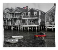Nantucket In Bw Series 6139 Fleece Blanket