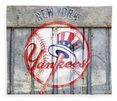 New York Yankees Top Hat Rustic Fleece Blanket