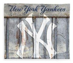 New York Yankees Rustic Fleece Blanket