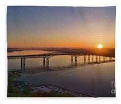 Newburgh-beacon Bridge May Sunrise Fleece Blanket