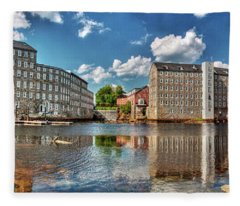 Newmarket Mills Fleece Blanket