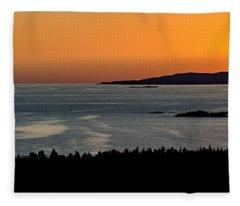 Neys Horizon Fleece Blanket