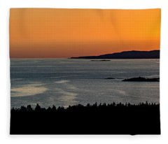 Neys Horizon Fleece Blanket