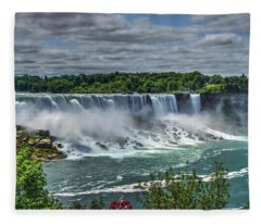 Niagara Falls 2 Fleece Blanket