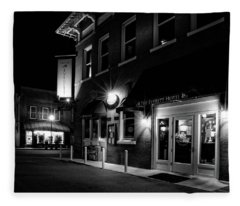 Night At The Everett Hotel In Black And White Fleece Blanket