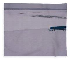 No Viene Nadie... Fleece Blanket