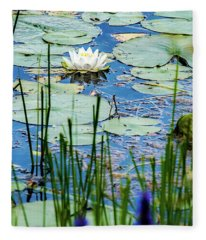 North American White Water Lily Fleece Blanket