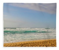 North Shore Waves In The Late Afternoon Sun Fleece Blanket