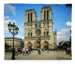 Notre Dame Cathedral Fleece Blanket