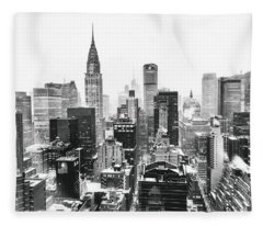 Nyc Snow Fleece Blanket