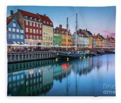 Nyhavn Reflections Fleece Blanket