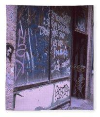 Old Bar, Old Graffitis Fleece Blanket