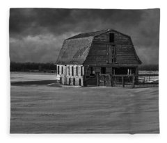 Old Barn At Sunset Black And White 2014-1 Fleece Blanket