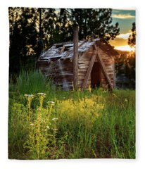 Old Cabin At Sunset Fleece Blanket