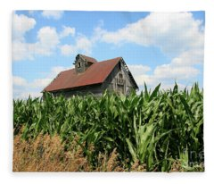 Old Corn Crib Fleece Blanket