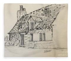 Old Cottage Fleece Blanket