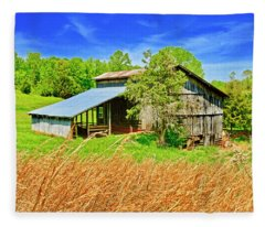 Old Country Barn Fleece Blanket