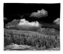 Old Faithful Ir  Fleece Blanket