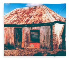 Old Farm House Fleece Blanket