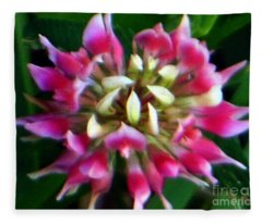 Old Rose Explosive Wildflower Fleece Blanket