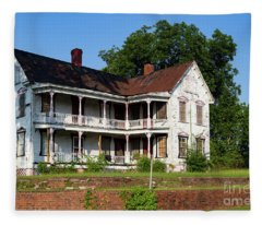 Old Shull Mansion Fleece Blanket