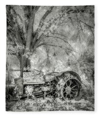 Old Tractor Fleece Blanket