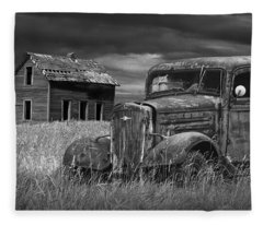 Old Vintage Pickup In Black And White By An Abandoned Farm House Fleece Blanket