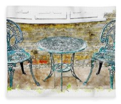 Outdoor Dining Fleece Blanket
