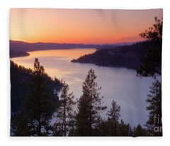 Paradise View Fleece Blanket
