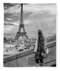 Parisien 2 Fleece Blanket