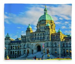 Parliament Victoria Bc Fleece Blanket