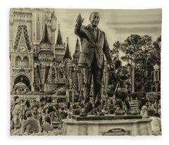 Partners Statue Walt Disney And Mickey In Black And White Fleece Blanket