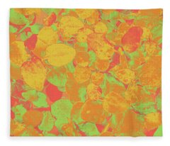 Leafy Pattern In Warm Colours Fleece Blanket
