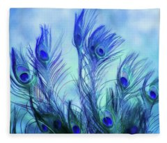 Peacock Beauty Fleece Blanket