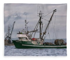 Pender Isle And Santa Cruz Fleece Blanket