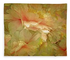 Petal Dimension 21  Fleece Blanket
