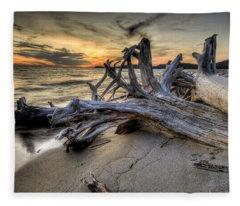Pic Driftwood Fleece Blanket