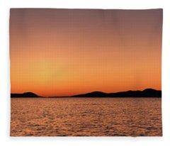 Pic Horizons Fleece Blanket