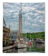Pierside In Boothbay Harbor Fleece Blanket