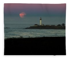 Pigeon Point Supermoonset Fleece Blanket